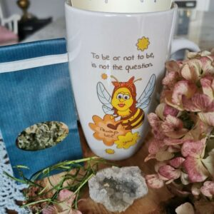 skodelica čebelica Klara